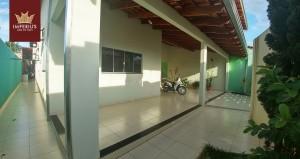 Casa a venda no Bairro Itaguaí I em Caldas Novas - 3 quartos